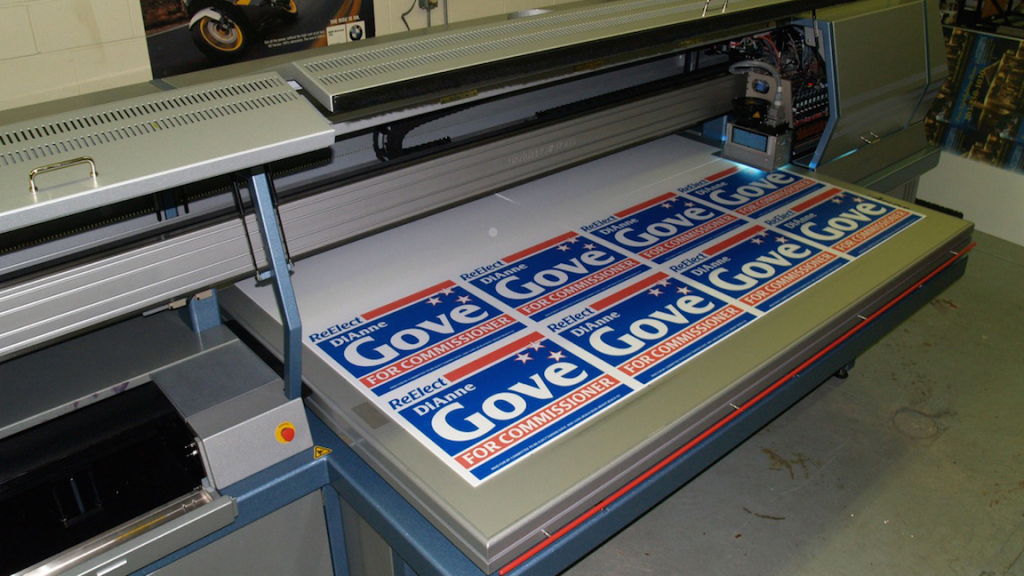Flatbed direct custom print lawn signs